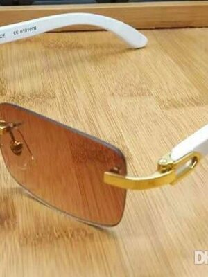 2020 new buffalo horn glasses fashion sport sunglasses for men women rimless rectangle bamboo wood sunglasses with boxes case lunettes gafas