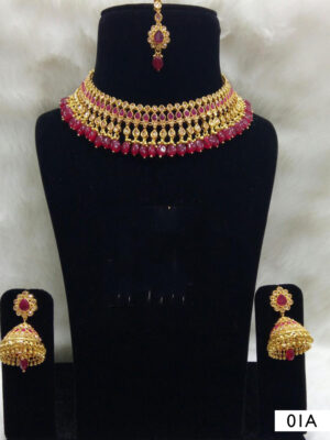 01C Red Pearl Necklaces Set with Maang Tika